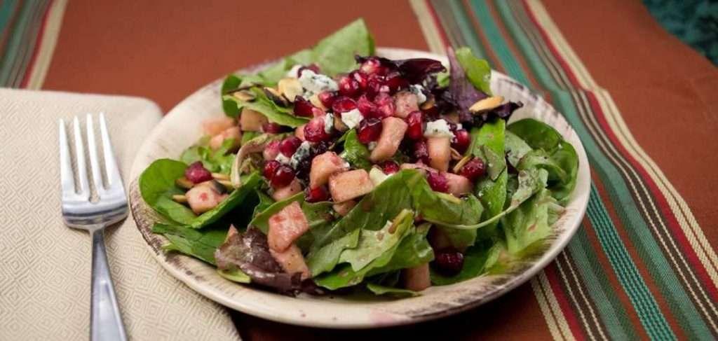 Marijuana Recipes - Mixed Green Salad with Pomegranate Vinaigrette