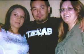 Marijuana Prisoners: Crystal Munoz serving 19 Years + for Pot with her mother and husband.