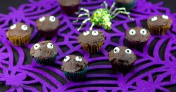 Halloween Marijuana Recipes - Eyes in the Dark Mini-Cupcakes