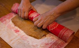 Marijuana Pumpkin recipes - Roll the cake in the prepared towel