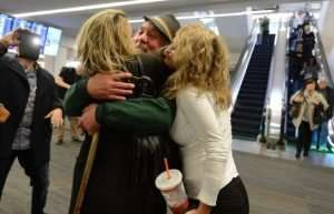 Supporters greet Eddy Lepp upon his release from federal prison. (Photo: Dan Honda/Bay Area News Group)