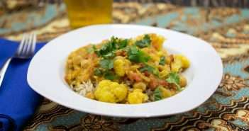 Marijuana Recipes - Tomato, Cauliflower and Garbanzo Bean Curry
