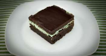 Marijuana Brownie Recipe - Minty Mota Fudge Brownie