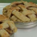 Lattice Top Marijuana Applie Baked in a Mason Jar Lid