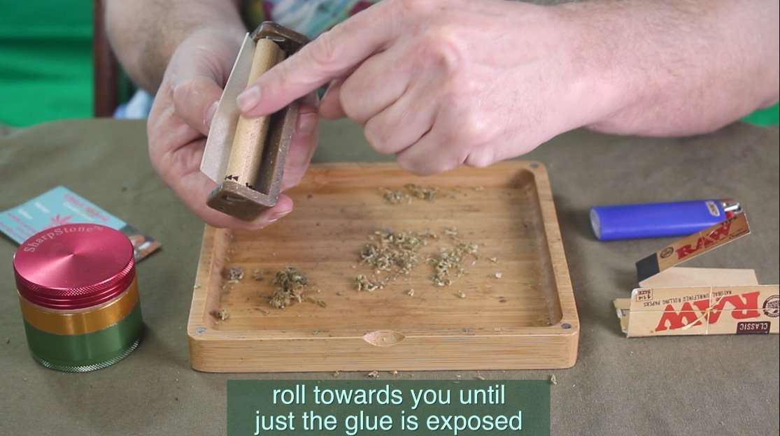 How to roll a perfect joint